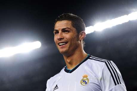 Cristiano Ronaldo esteve em noite iluminada no Camp Nou