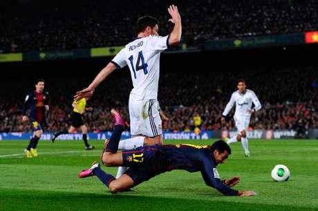 <p>Catalães reclamaram de suposto pênalti de Xabi Alonso em Pedro</p>