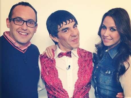 Adrián Uribe promovió el programa 'Todo Incluido' en el segmento de espectáculos de 'Primero Noticias'.