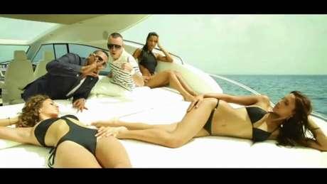Don Omar en su video Danza Kuduro.