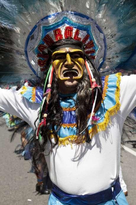Antes da caça, alguns povos andinos costumavam dançar choqelas para trazer sorte