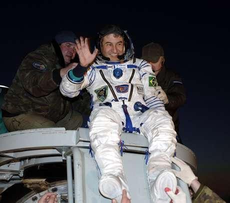 Marcos Pontes retorna de sua missão à ISS, em 2006