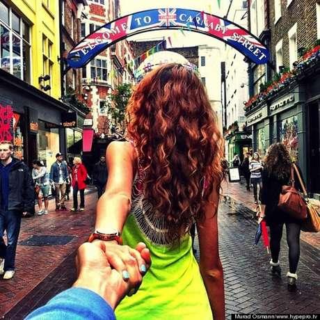 Nataly Zakharova se hizo famosa gracias a que se luce en diversas fotos en ciudades como Hong Kong, Bali o Singapur llevando de la mano a su novio Murad Osmann.