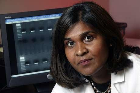 Deborah Persaud, coordenadora da pesquisa, anunciou a inédita cura funcional de uma criança infectada pelo HIV