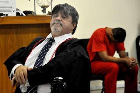<p>O advogado L&uacute;cio&nbsp;Adolfo, da defesa de Bruno, durante a sess&atilde;o de segunda-feira, primeiro dia do julgamento</p>