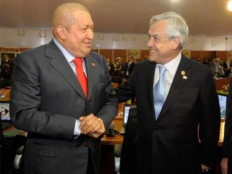 Los presidentes Hugo Chávez y Sebastián Piñera.