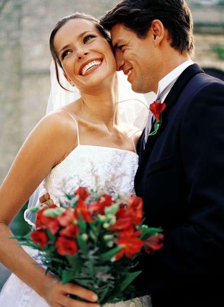 <p>Os noivos estão se preocupando até mesmo com os arranjos de flores</p>