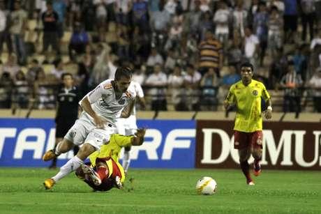 Montillo é a principal contratação do Santos para a temporada