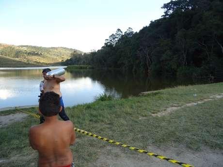 <p>Já no domingo, outra pessoa morreu afogada na lagoa; quando o Samu chegou ao local, o rapaz já estava sem vida</p>