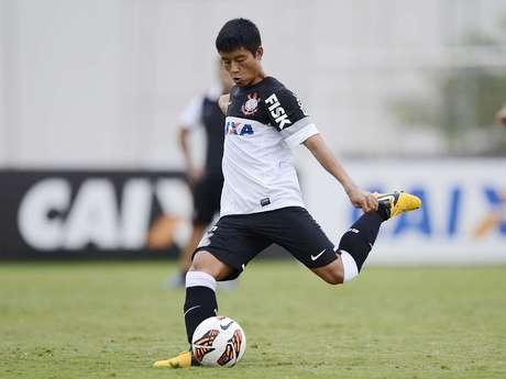 <p>Chinês ChenZizao pode deixar o Corinthians</p>