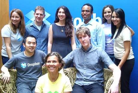Equipe do Dropbox com assessores brasileiros, no evento de anúncio da versão em português