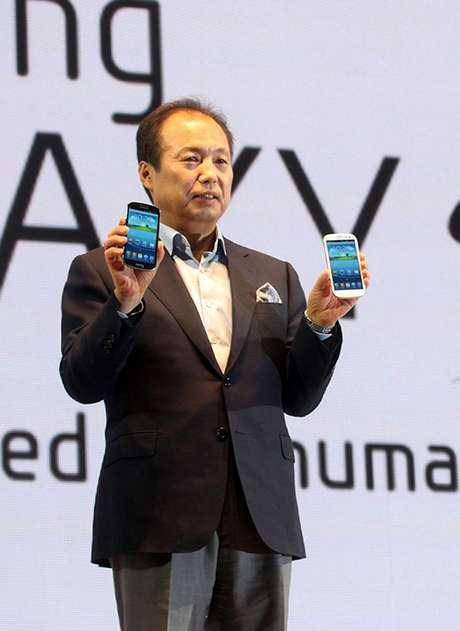 J. K. Shin, presidente de divisão de dispositivos móveis da Samsung, no lançamento do Galaxy S III