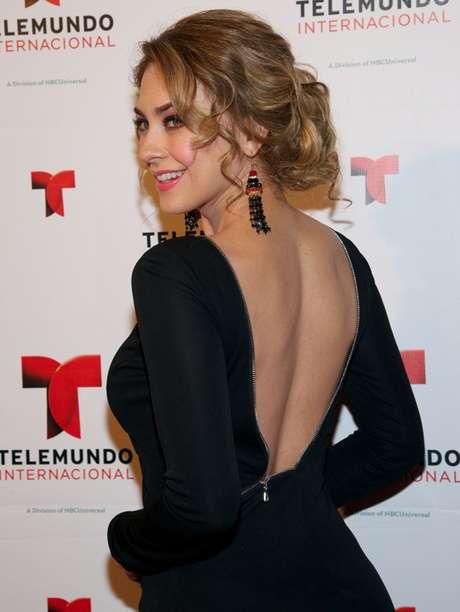Aracely Arámbula podría deleitar la pupila de los lectores mexicanos si concreta su aparición en la revista Open.