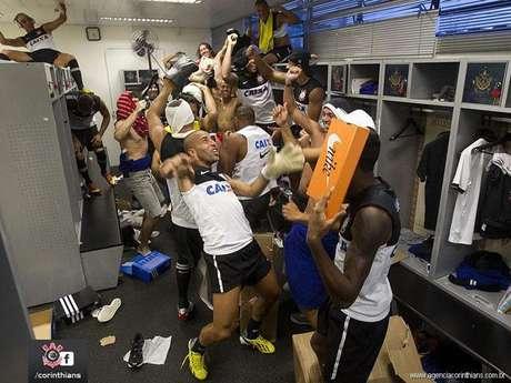 Los jugadores bailaron luego de vencer a Tijuana en Libertadores.