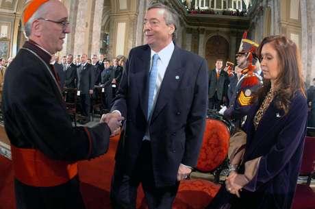 """<p>El portavoz de Bergoglio anunció en 2005 que """"no hay relación de la Iglesia con el Gobierno""""</p>"""