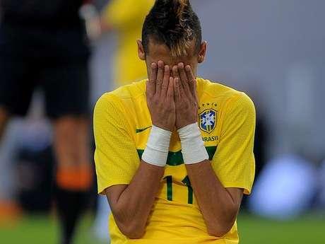 <p>Neymar tem bons números contra seleções médias e fracas. Mas ficou devendo em grandes competições e amistosos contra grandes</p>
