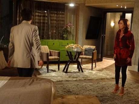 <p>Berna (Zezé Polessa) diz que não aceita traição do marido</p>