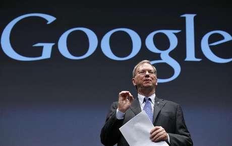 <p>Eric Schmidt também negou boatos de que deixaria o Google</p>