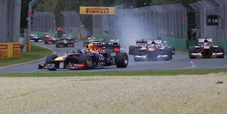 <p>Vettel largou na pole, mas perdeu posições nopit stop e terminou em terceiro</p>