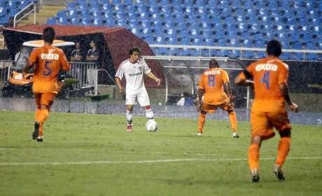 <p>Wellington Nem fez o gol da vitória tricolor</p>