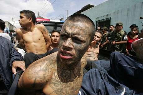 """<p>Con el fin de acaparar Centroamérica, el cártel de Los Zetas tiene nexos con las """"Maras"""", según publicó el diario El Universal en su sitio web.</p>"""