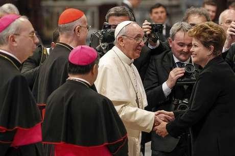<p>Dilma e comitiva foram ao Vaticano para a missa inaugural do papa Francisco</p>