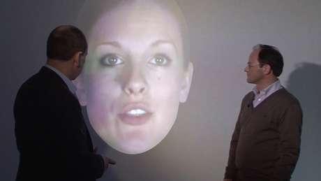 <p>Segundos cientistas, o programa de computador pode fazer o rosto virtual manifestar seis emo&ccedil;&otilde;es</p>