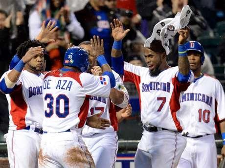 ominicana coronó su paso invicto por el Clásico Mundial 2013 de béisbol con una blanqueada de 3x0 sobre Puerto Rico
