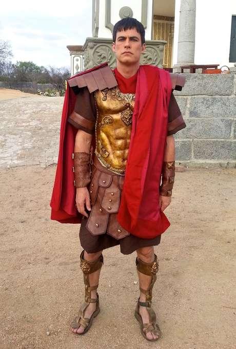 Ator de 44 anos irá interpretar Pôncio Pilatos na encenação da Paixão de Cristo de Nova Jerusalém