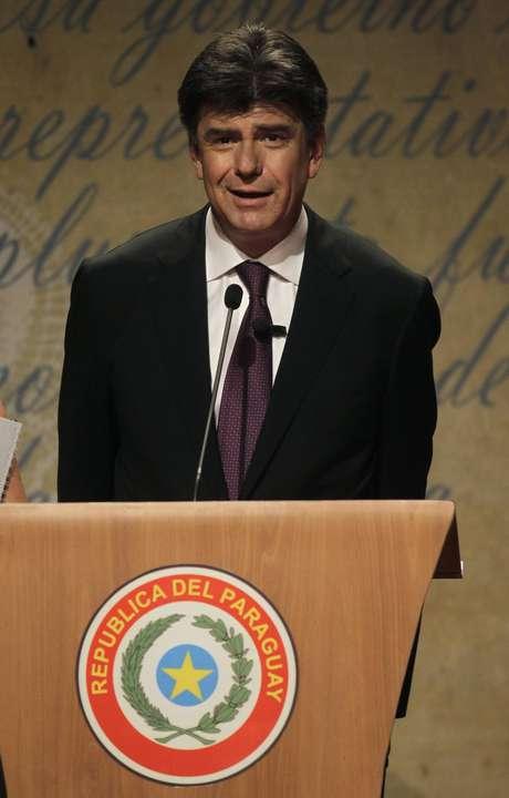 <p>Efraín Alegre,que representa o Partido Liberal,está em segundo</p>