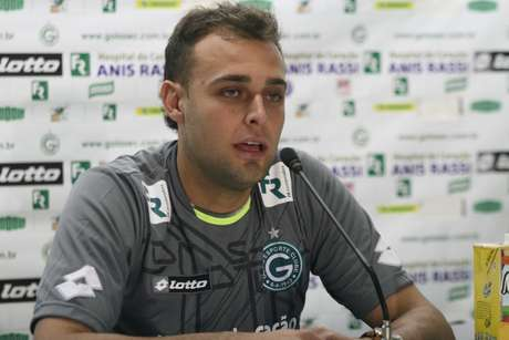 Renan ganhará chance enquanto Harlei ganhará descanso no Goiás