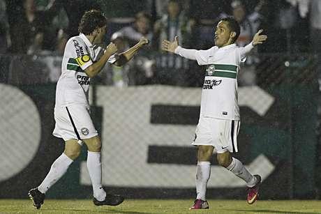 <p>Coritiba deve conseguir enfim estrear na Copa do Brasil 2013</p>