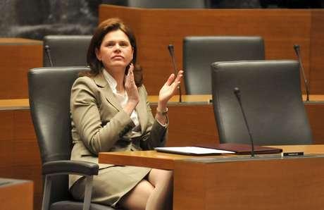Aos 43 anos, Bratusek se tornou a primeira mulher a assumir o  governo da Eslovênia