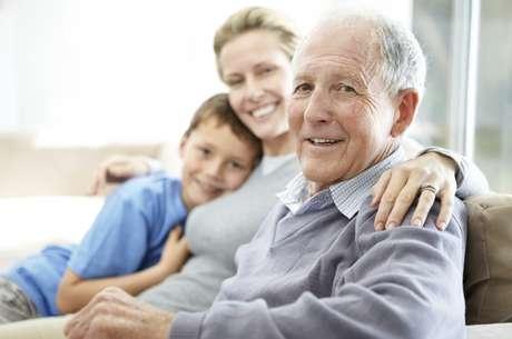 <p>Segundo pesquisa,quanto maior a idade dos pais, maiores as chances de netos autistas</p>