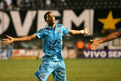 <p>Giva fez o gol pol&ecirc;mico do Santos</p>
