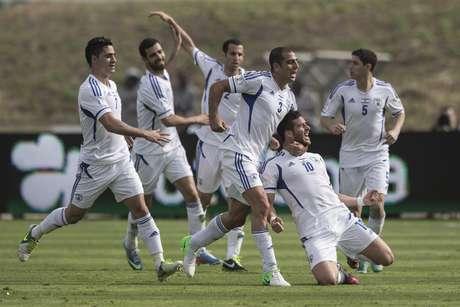 <p>Em casa, Israel abriu 3 a 1 e sofreu empate nos acr&eacute;scimos</p>