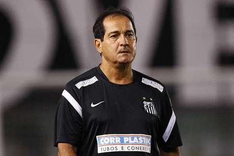 <p>Muricy Ramalho tenta levar o Santos ao tetracampeonato estadual</p>