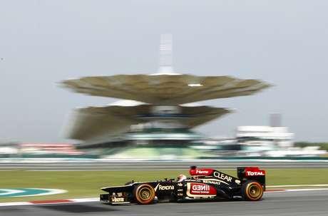 <p>Segunda colocação ficou com Kimi Raikkonen, da Lotus, com 1min37s003</p>