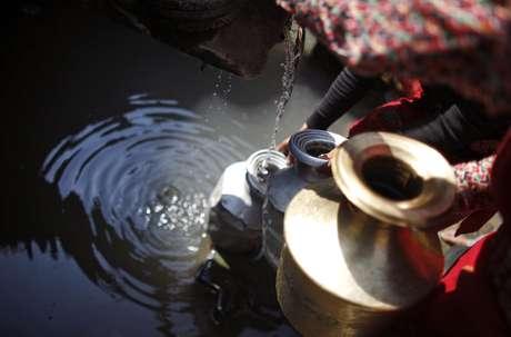 Dois terços da população mundial podem sofrer com falta de água potável até 2025, segundo a Unesco