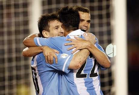 <p>Messi comemora vitória tranquila da Argentina</p>