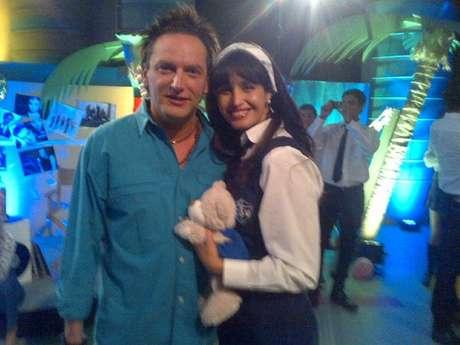 Fernanda Urrejola junto a Daniel Fuenzalida en el set de la apuesta de las 20 horas de CHV.
