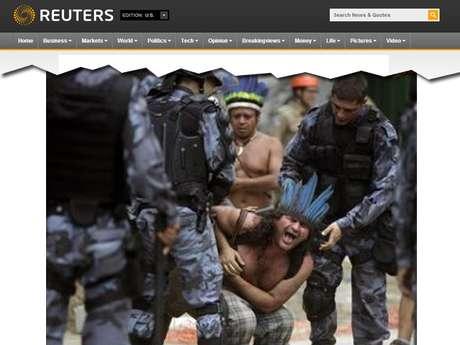 Retirada dos índios do terreno do antigo prédio do Museu do Índio no Rio de Janeiro repercutiu mundialmente