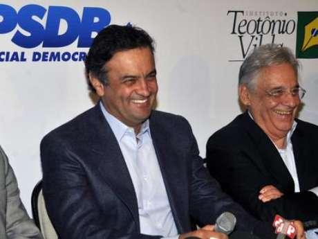 <p>Aécio Neves confirmou nesta quinta-feira que disputará a eleição para a presidência do PSDB</p>