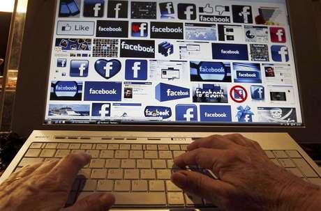 <p>Jovens estão perdendo o interesse na rede social por causa de postagens fúteis</p>