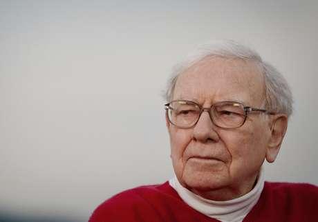 <p>Warren Buffet con una fortuna calculada en 53,5 mil millones de dólares, nació en el estado de Nebraska en Estadios Unidos considerado el inversor a largo plazo con más éxito de la historia con una tasa de retorno compuesta del 22,3% durante 36 años. La fortuna de Buffet se estima en 53,5 mil millones de dólares</p>