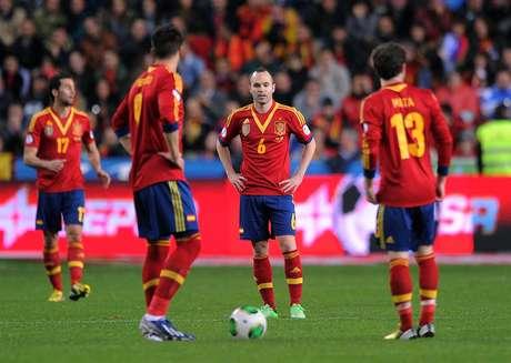 Espanhóis tropeçaram na Finlândia na última sexta e estão sob pressão
