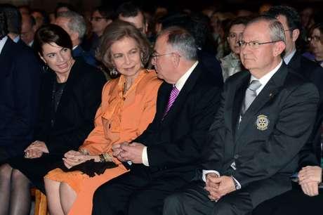 <p>El repertorio estuvo interpretado por la orquesta sinfónica Ciutat de Palma. Una velada en la que la Reina se mostró muy cómoda y rodeada de amigos.</p>