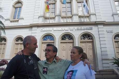 <p>Vereadores anteciparam reunião da CPI que apura o incêndio na Boate Kiss, e frustraram os integrantes da Associação de Familiares das Vítimas e Sobreviventes da Tragédia em Santa Maria</p>