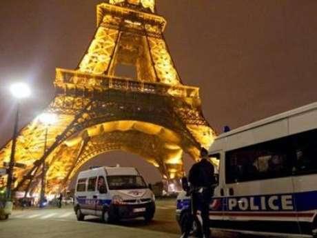 <p>Estado Islâmico ameaçou explodir aTorre Eiffel, na França</p>