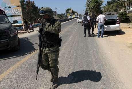 Las medidas de seguridad se mantienen activas en las calles de la costa mexicana. Uniformados continúan con las averiguaciones.
